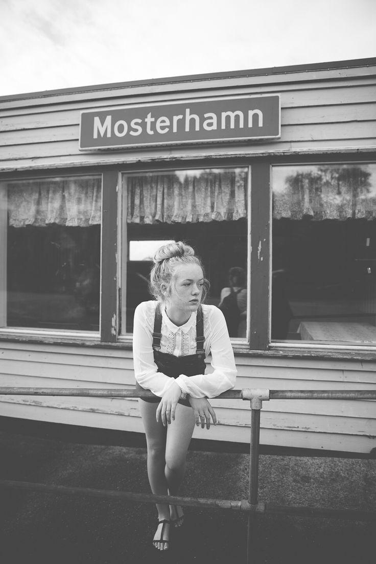 www.heddahestholm.wordpress.com Instagram: @heddussen #adventure #photography #summer #july #canon #lightroom #photoshop #norway #nature #ootd #portrait #photoshoot #blackandwhite #b&w