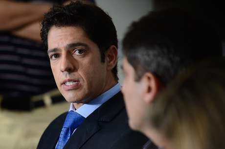 TJ-RJ afasta delegado que investigava suposto estupro coletivo...