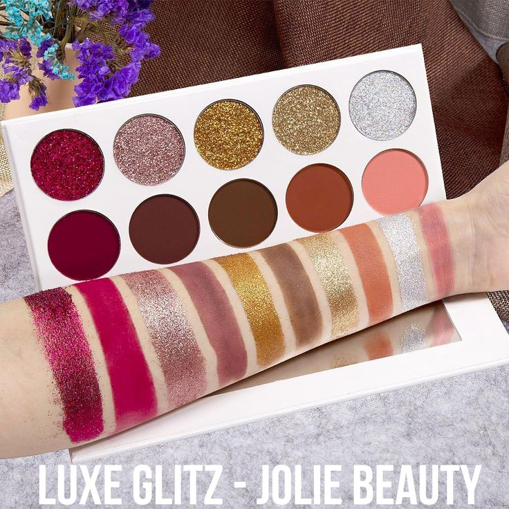 LUXE GLITZ is a gorgeous cruelty free makeup palette from Jolie Beauty ! <3 These pressed glitters and matte shades compliment one another perfectly, to ensure the most amazing warm eye look.  https://jolie-beauty.co.uk/collections/palettes/products/luxe-glitz-palette