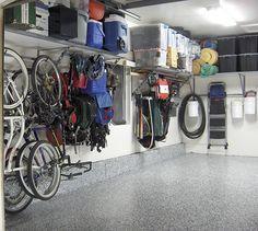 Rangement: mettre fin au chaos   Les idées de ma maison © TVA Publications   Photo: Accroo #deco #rangement #organisation #garage