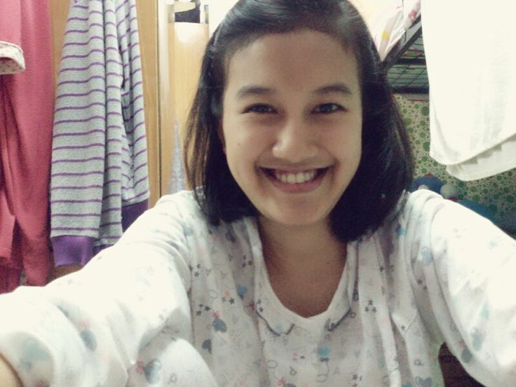 Selfieee putri widyaningsih :3