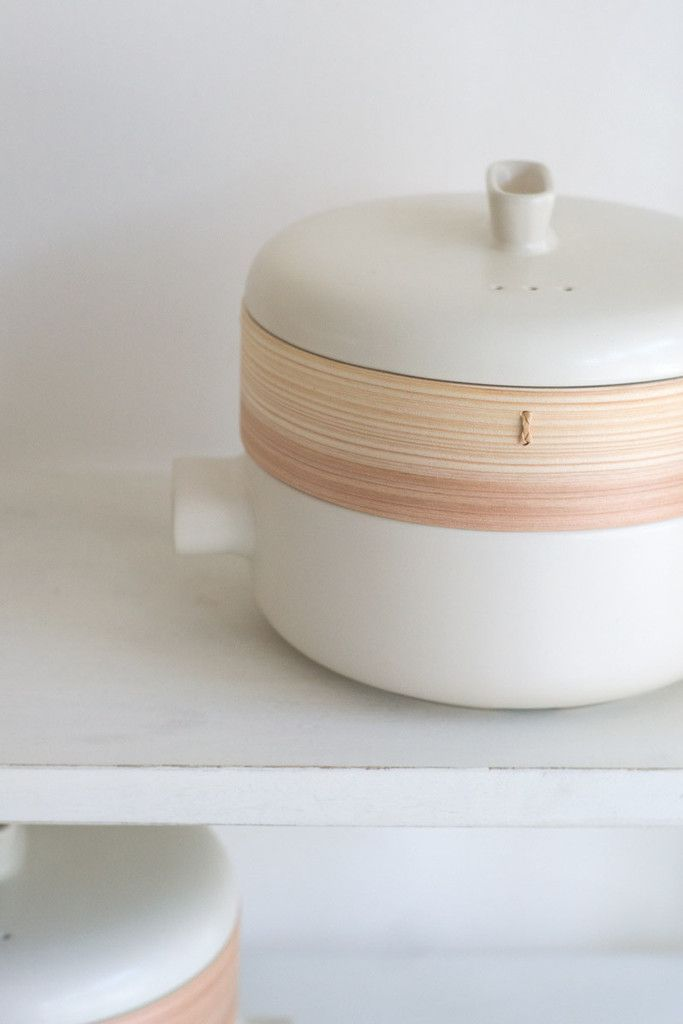 Modern Steamer - Large - If you aspire to a cooking style that focuses on clean eating, simple and direct flavors, and ingredients bright with vitality - a good steamer is indispensable. - from QUITOKEETO.com