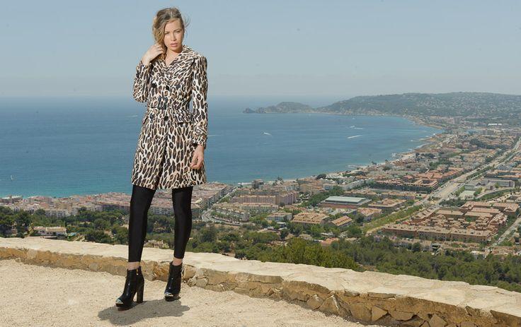 Abrigo estampado Leopardo de whynot by elleganze