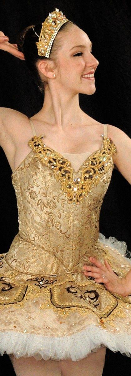 Tutus Devine. www.theworlddances.com/ #costumes #tutu #dance