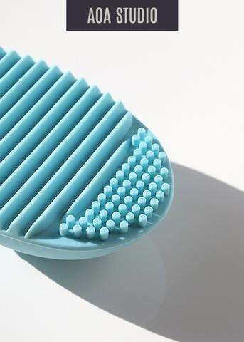 AOA Brush Cleaning Egg - Baby Blue