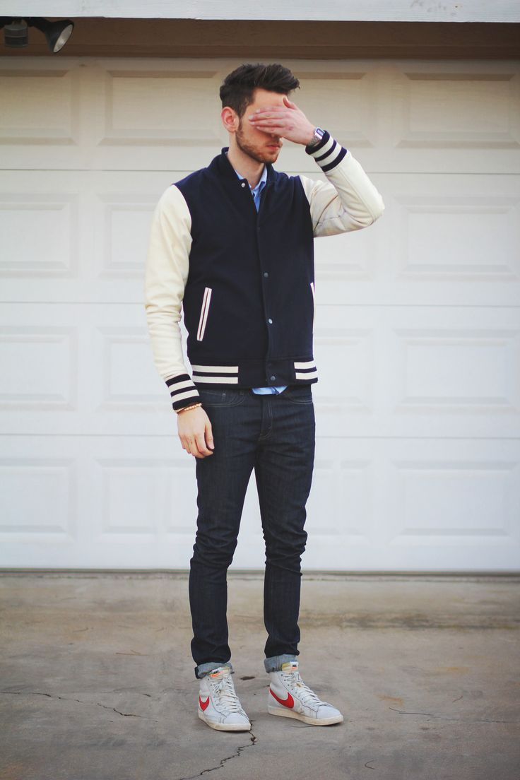 Our Top 4 Favorite Male Bloggers >> http://crossroadstrading.com/our-top-4-favorite-male-bloggers/ {new blog post!}