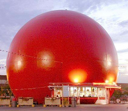 Restaurant Orange Julep. A real Montreal landmark. Since 1942!