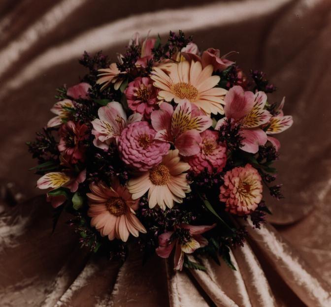 Garden mixed bouquet Photo by Judy Eliyas & Studio 925