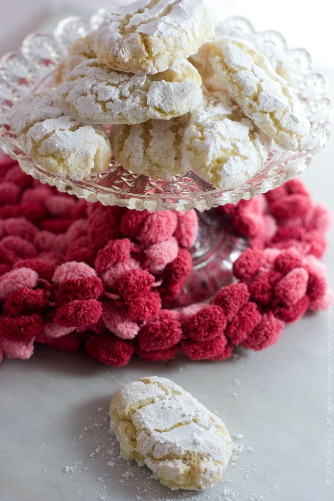 Ricciarelli from Siena - the best Italian Cookie!