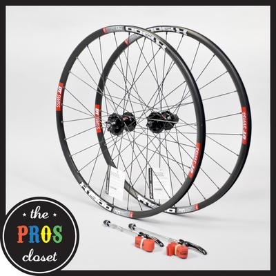 """2011 DT Swiss X1900 Clincher MTB Wheel Set // 26"""" 6-Bolt Disc Mountain Bike"""