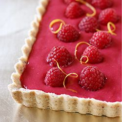 Raspberry Curd Tart | with a brown butter crust and raspberry curd filling, this tart is perfect for Mother's Day