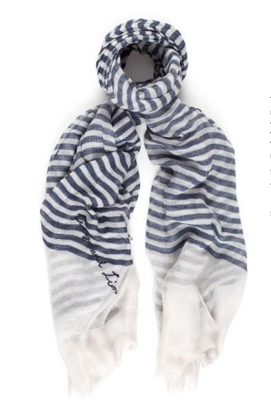 A fresh summer scarf Nautilet. Available online: http://www.sofinah.fi/product/451/scarf-martinet-nautical