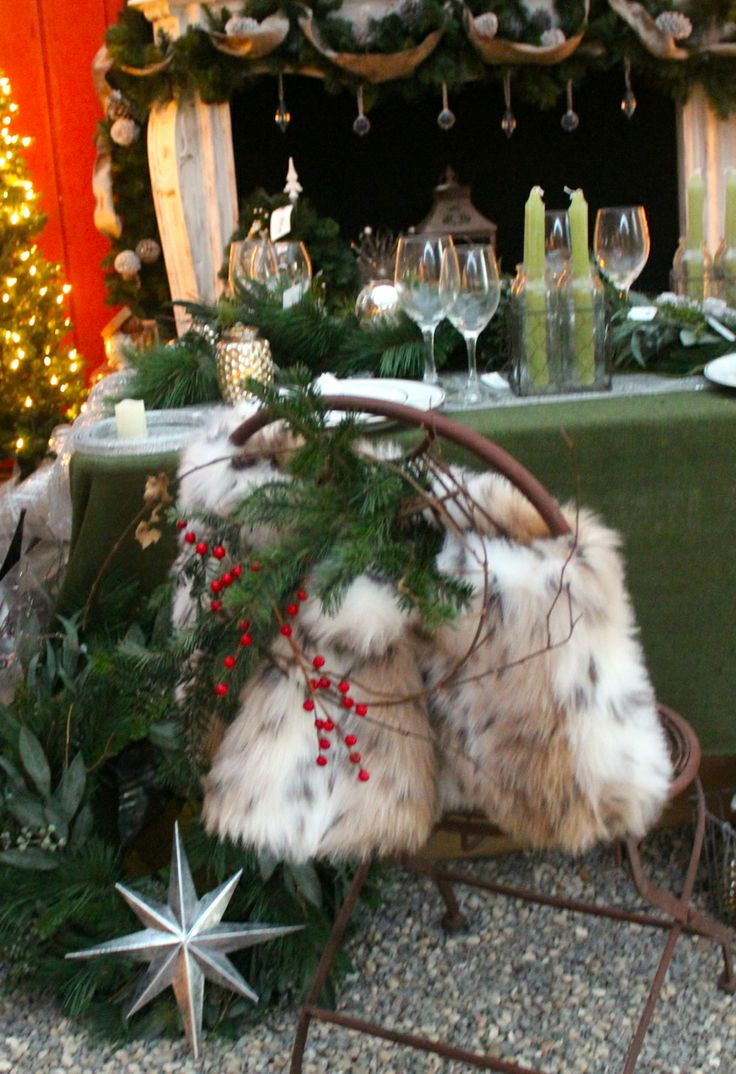 Christmas chair covers ideas -  Chair Covers Chair Sashes Chair Decorations Christmas Tables Capes Fur Accessories