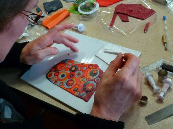 Picture Tute. An easy concept when you see someone else do it. #Polymer #Clay #Tutorials