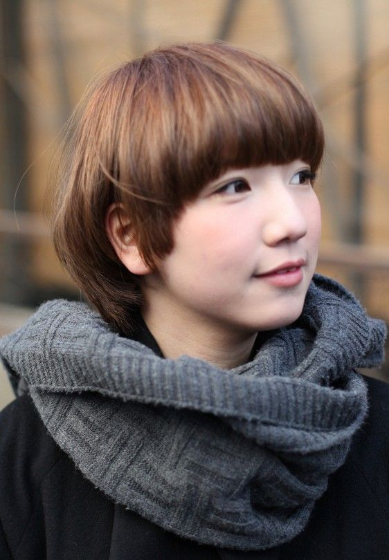Latest popular short straight haircut for women: the Asian mushroom bob hairstyle Precision cut in a carefully shaped line radiating from the crown, this style is hot right now! Easy-care fashion A well-cut pageboy is easy to maintain and just falls into place after washing. It is similar to a bob, but differs in the[Read the Rest]