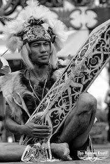 www.villabuddha.com  Maanyan Dayak tribesman, most probably Central Kalimantan, #Dayak #Kalimantan #Indonesia