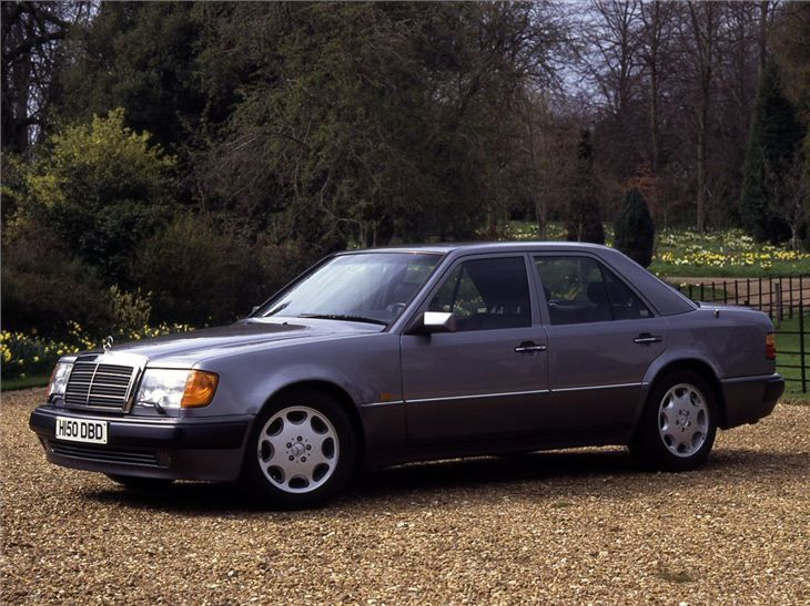 110 best mercedes benz w124 images on pinterest for Garage mercedes 93 stains