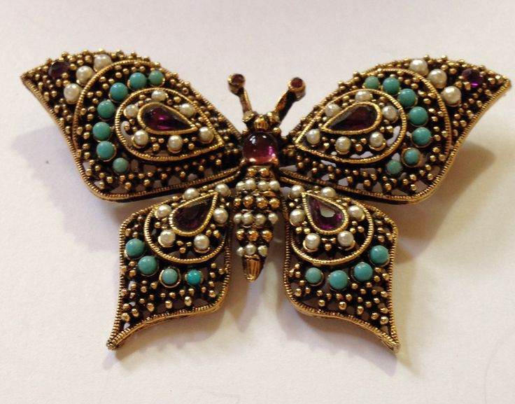 Pretty Butterfly pin set with turquoise and pearl beads signed ART