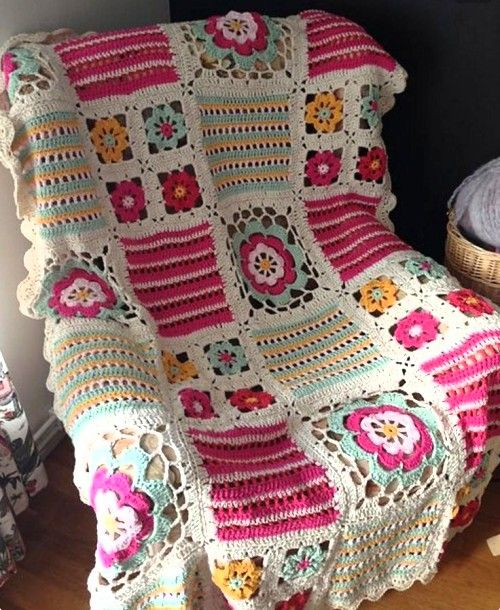 Crochet Blanket With Different Squares - Free Pattern