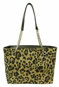 Michael Kors Handbags are hugely popular with celebrities. Do you want a new handbag that is great for every day use as well as a fashion handbag...Huge Popular, Michael Kors, Kors Handbags, Fashion Handbags