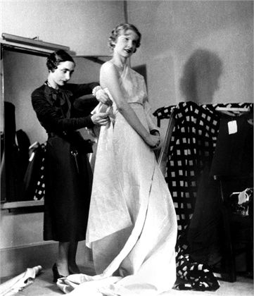 Nellie hoped the Grapefruit diet and sucking in of her stomach would gain her praise from Madame Gres.