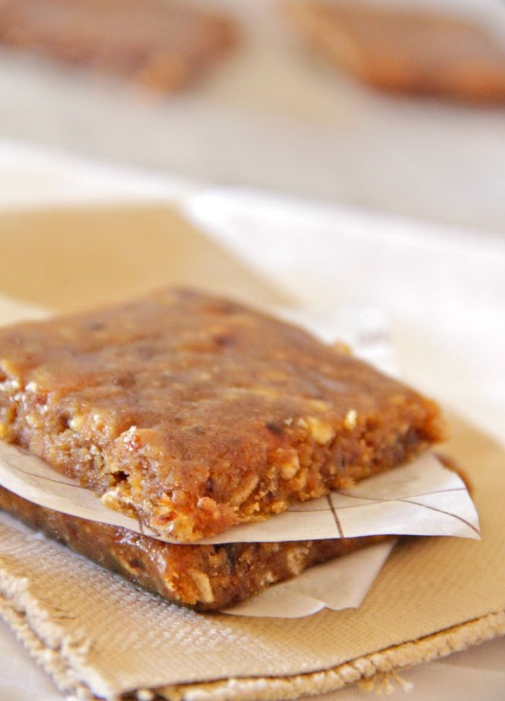 My Happy Place: peanut butter banana energy bars