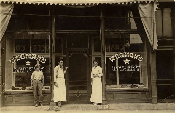 Amazing to think what that company is today.  Wegman's Bakery c. 1921, Rochester, New York.... Wow