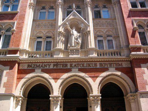 Pázmány Péter Catholic University Jog- és Államtudományi Kar Faculty of Arts Budapest, Hungary