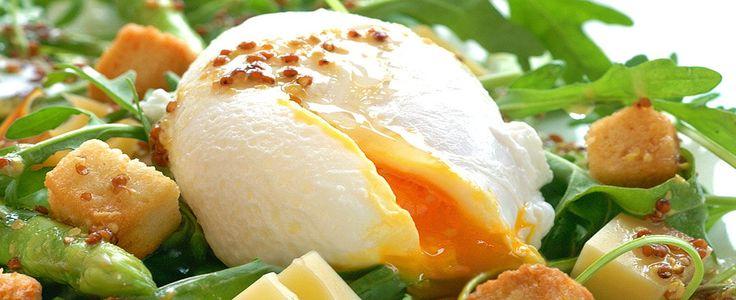 Nykokt asparges smaker himmelsk, men må ikke serveres med hollandaisesaus. Bare prøv denne oppskriften.