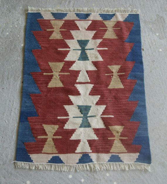 1'10''x2'6'' Small Oushak Kilim Red