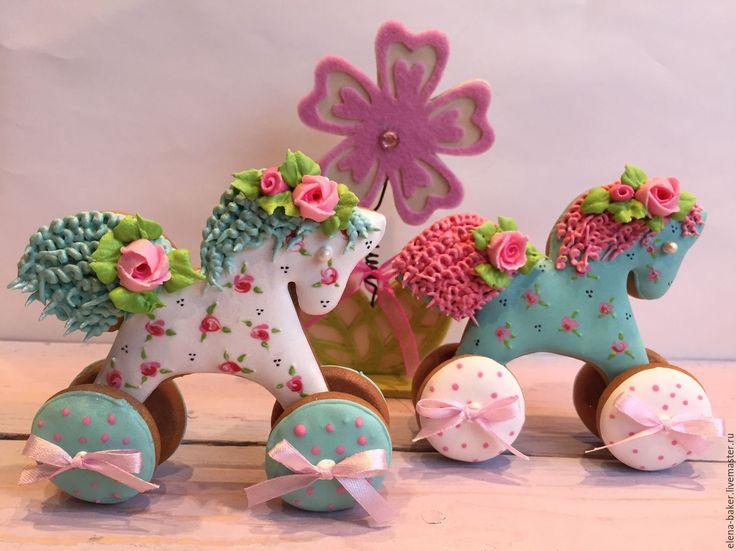 Купить или заказать Лошадка на колесиках в интернет-магазине на Ярмарке…