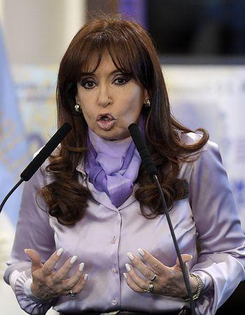 アルゼンチンのフェルナンデス大統領=9月30日、ブエノスアイレス(AFP=時事) ▼7Nov2014時事通信|腸の病気でG20欠席=アルゼンチン大統領 http://www.jiji.com/jc/zc?k=201411/2014110700008