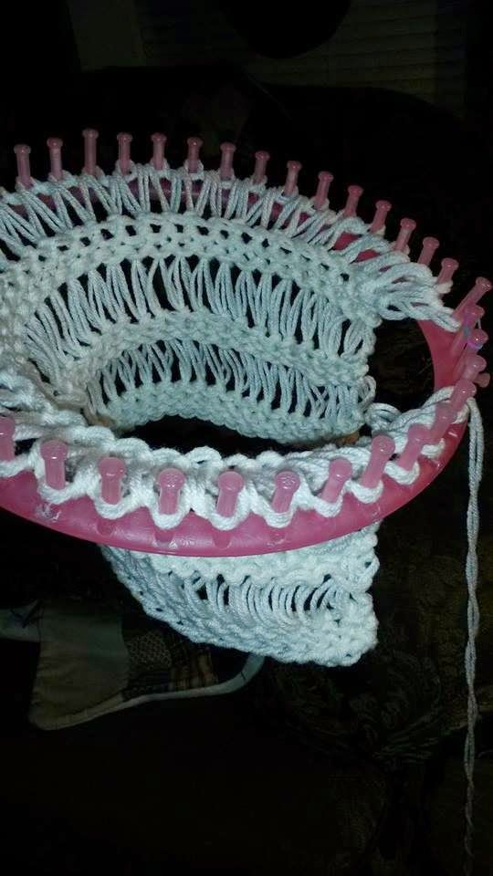 25+ best ideas about Round loom on Pinterest Round loom knitting, Loom knit...