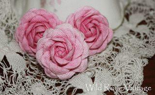 Wild Rose Vintage: Rick Rack Roses