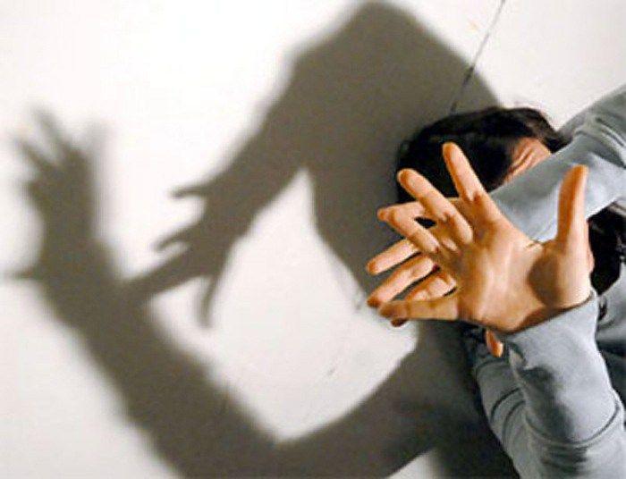 VIOLENZA NELLA SCUOLA: SIAMO TUTTI INSEGNANTI