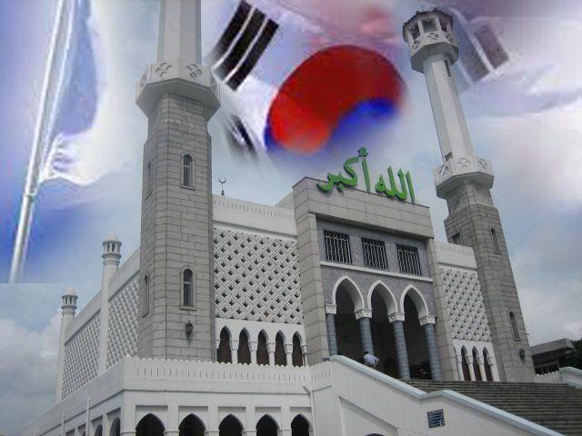 """Berjilbab di negeri Ginseng"" Bagian 2 | Majalah Remaja Islam DRise - Bacaan Pas Remaja Cerdas | Terbit setiap bulan - Keagenan 0858 10 400 774"