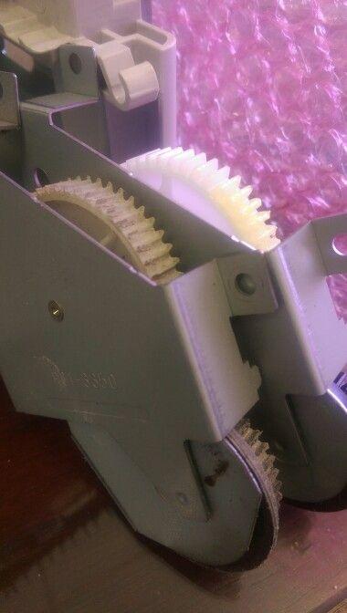 Worn swing plate gears. #HP #viprinters