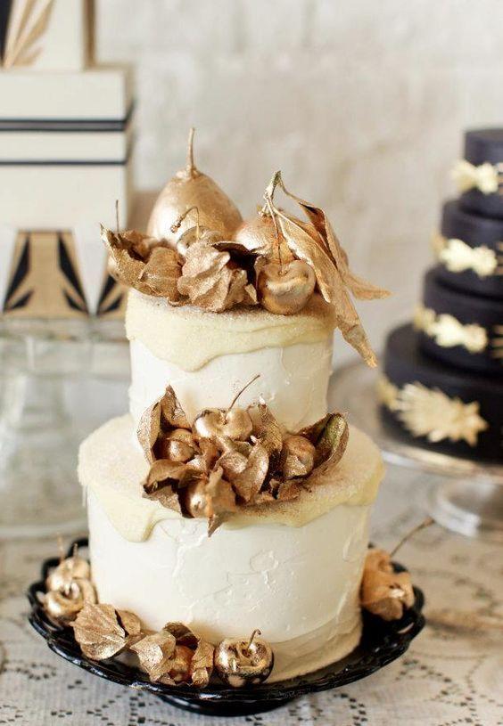 Elegant wedding cake idea; Featured: Lael Cakes; Jen Huang Photography