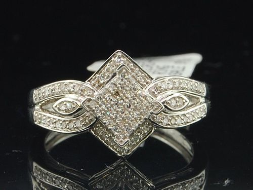 Diamond Engagement Rings Under 200