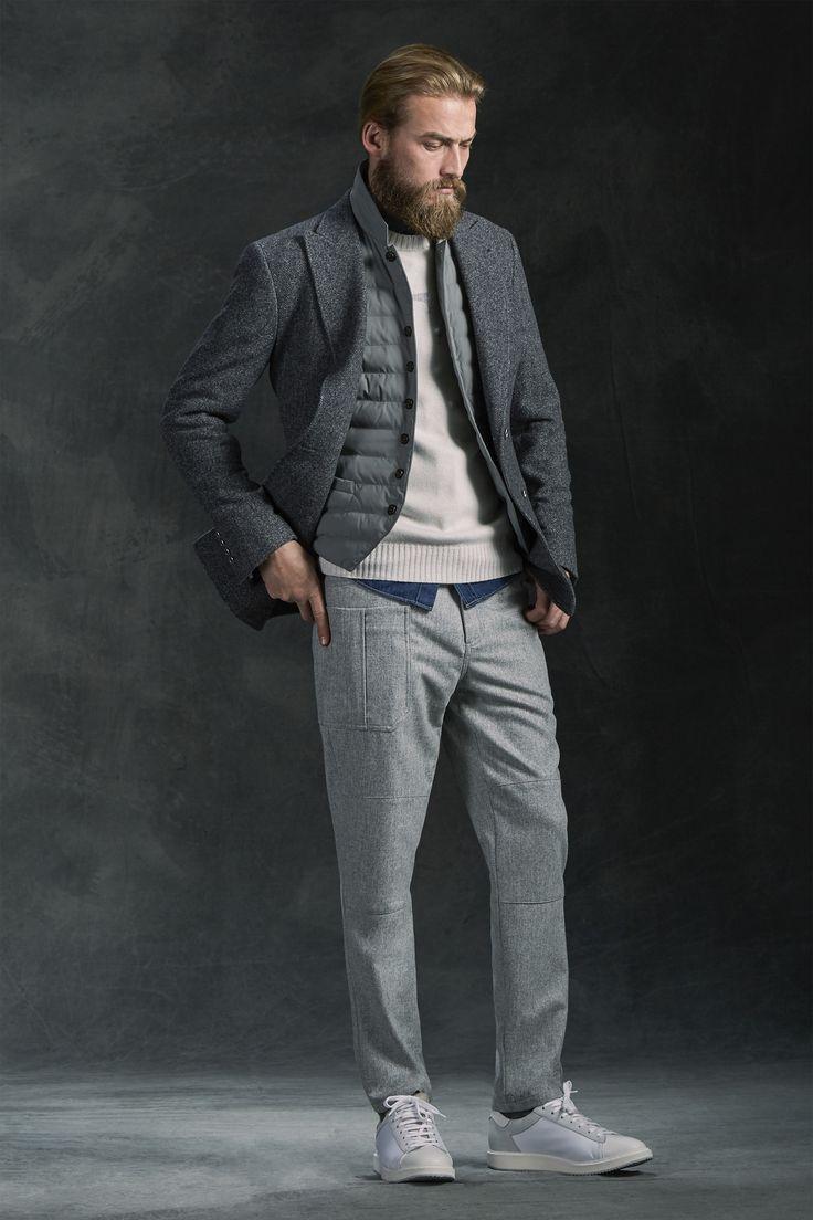 See the complete Brunello Cucinelli Fall 2016 Menswear collection.