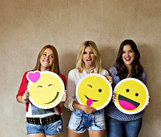 Ahora si nuestras actrices favoritas convertidas en emojis