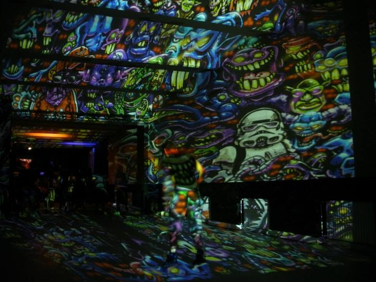 Underground Culture presents Gancher & Ruin (RU) with Night Projection's raypainting  #underground #undergroundculture #gancher #nightprojection #fenyfestes #fenyfesteszet #raypainting #visual #visuals