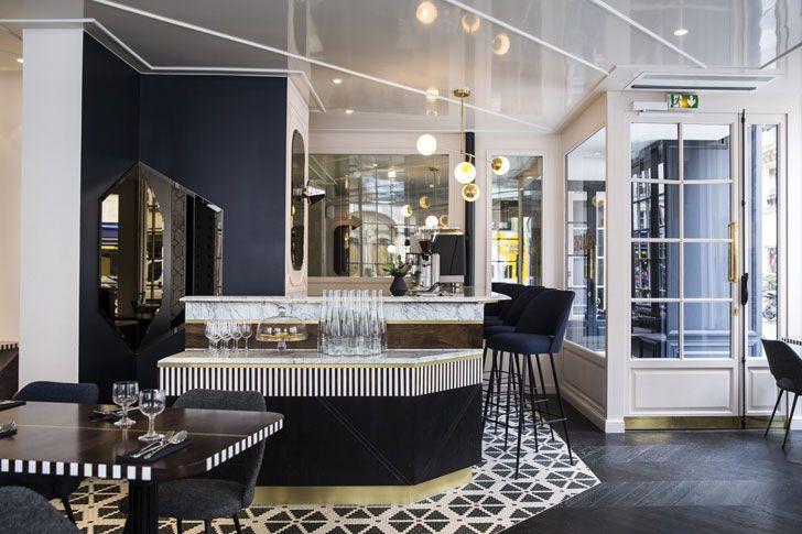 Уютные балкончики, большие окна, лаконичный и стильный интерьер, пожалуй именно таким в нашем представлении должен быть парижский отель. И гостиница Panache в столице Франции как раз такая. К услугам гостей номера в серо-голубой гамме в ретро-стиле, с мебелье в стиле 50-70-х. При этом в каждой комнате есть свою изюминка — обои, везде они разные: с …