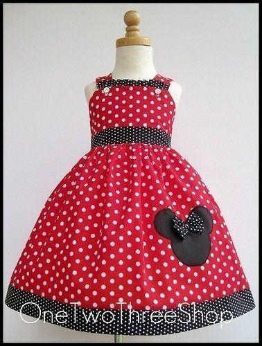 I like the upraised bow on Minnie's head
