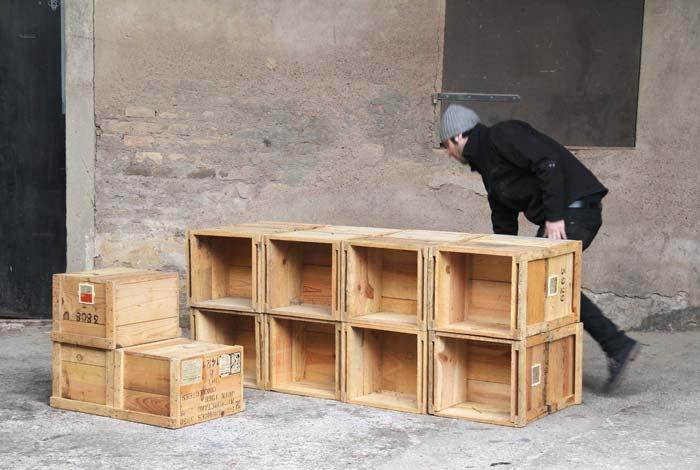 Biblioth que caisse munition bois ancienne gentlemen designers armoires - Bibliotheque caisse bois ...