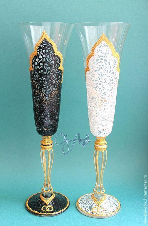 """Купить Изящные Свадебные бокалы """"Он и Она"""". Роспись по стеклу - свадебные бокалы, свадьба"""