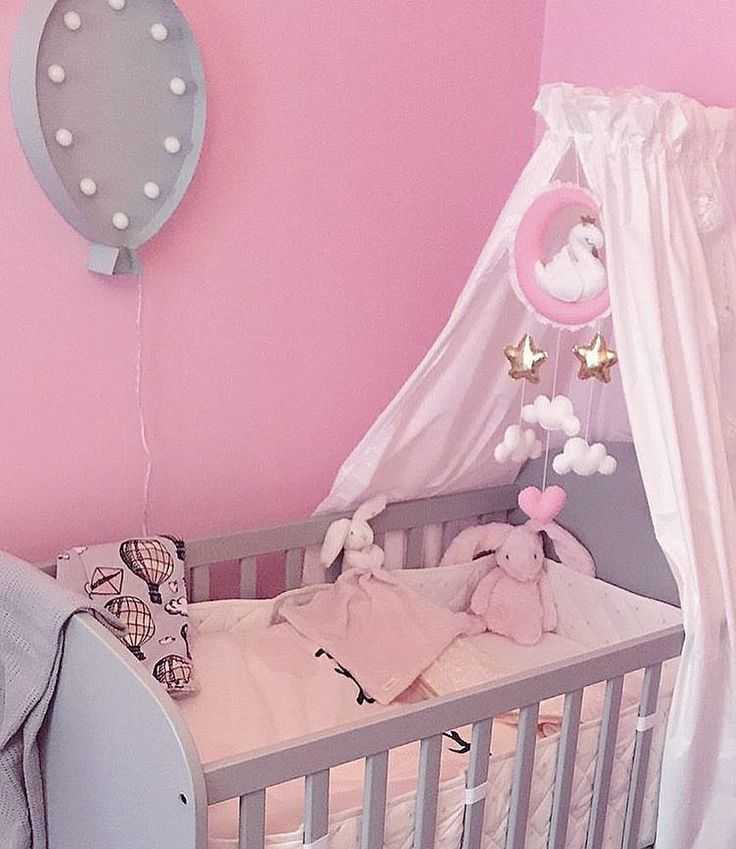 ✨Customer Photo - I Love the moon mobile hanging in a canopy! ✨ . . . #børneværelse #lastenhuone #chambredenfant #kinderkamer #barnerom #jenterom #flickrum #handgjord #barnrumsinredning #детскаякомната #kinderzimmer #habitacionbebe #nordickids #nordickiddos #nordickidsliving #baby_and_kidsroom_inspo #kids_interior1 #spjälsängsmobil #babymobil #sänghimmel #köp #inredning #barnrum #sängmobil #handgjors #cribmobile #nurserymobile