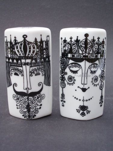 Vintage Danish Modern Porcelain KiNG & QUeeN 1970s Salt & Pepper Shaker Set, Porsgrund Norway