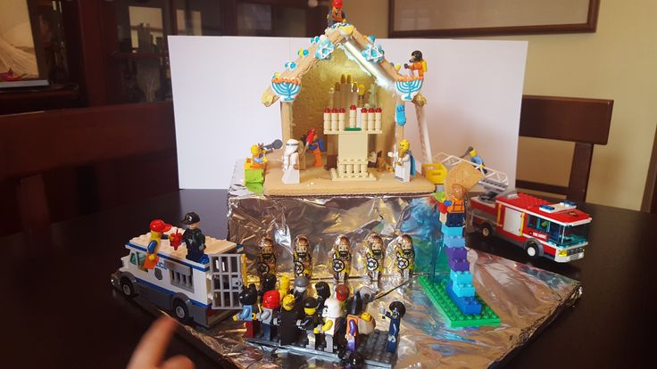 Lego scene of the Macabees taking back the Temple