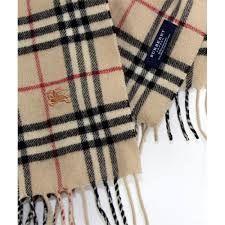 Resultado de imagen para bufandas burberry mujer